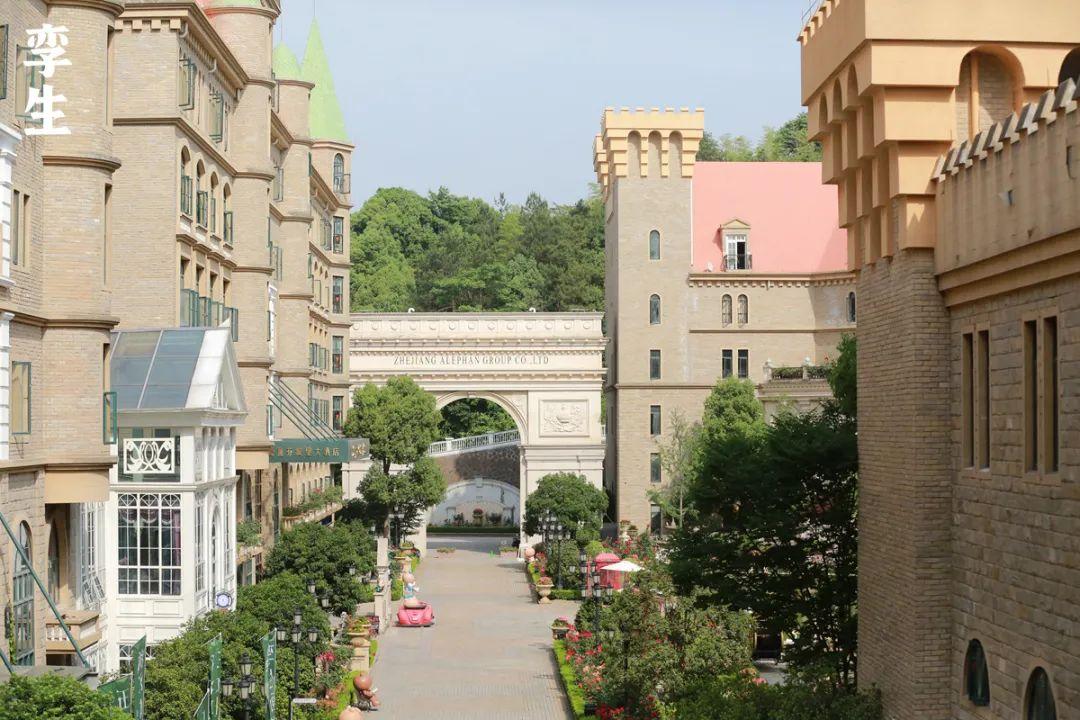 城堡夏日景丨你一定没见过这样的城堡!